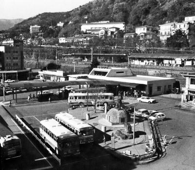 昭和60年撮影駅前