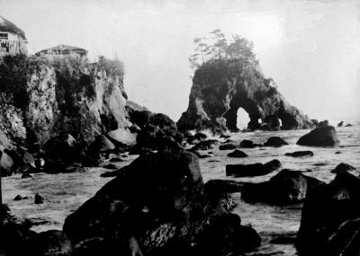 リュウ門岩
