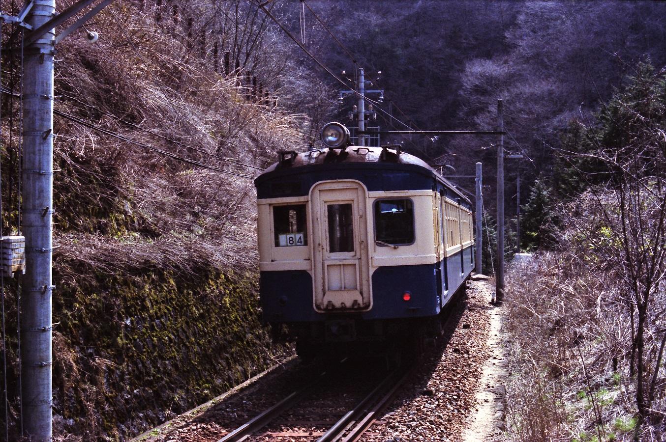 198304b_0060 (2)