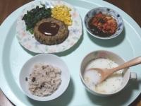 6/11 夕食 豆腐ハンバーグ、キムチもずく酢、じゃがいもスープ、雑穀ごはん