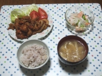 6/13 夕食 揚げ物3種、そら豆と海老のサラダ、もやしと油揚げの味噌汁、雑穀ごはん
