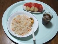 6/22 昼食 桜えびと筍のピラフ、チキンナゲット、焼き梅干し