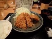 大手町 とんかつ まるや 大手町店 白身魚のフライ定食+キャベツ(2016/5/16)