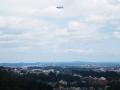 飛行船の浮かぶ山