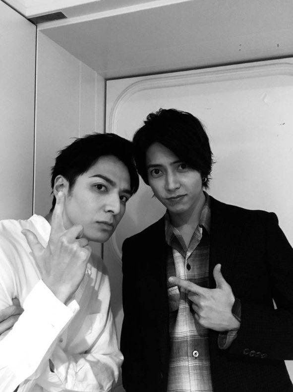 【FOUR TOPS】生田斗真が山下智久との2ショット写真をブログに公開!(※画像あり)