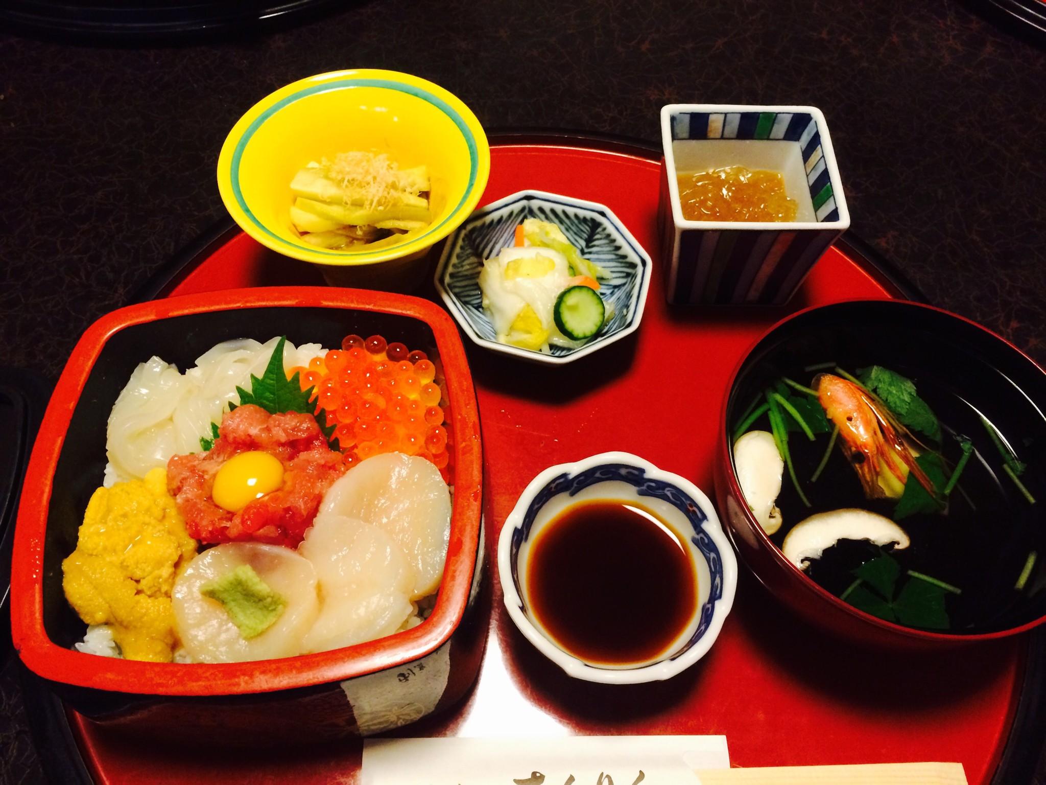 八戸海鮮丼_org