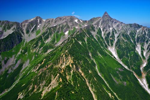 北アルプス 槍ヶ岳の空撮
