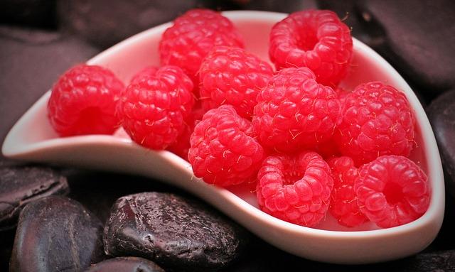 raspberries-1426859_640.jpg