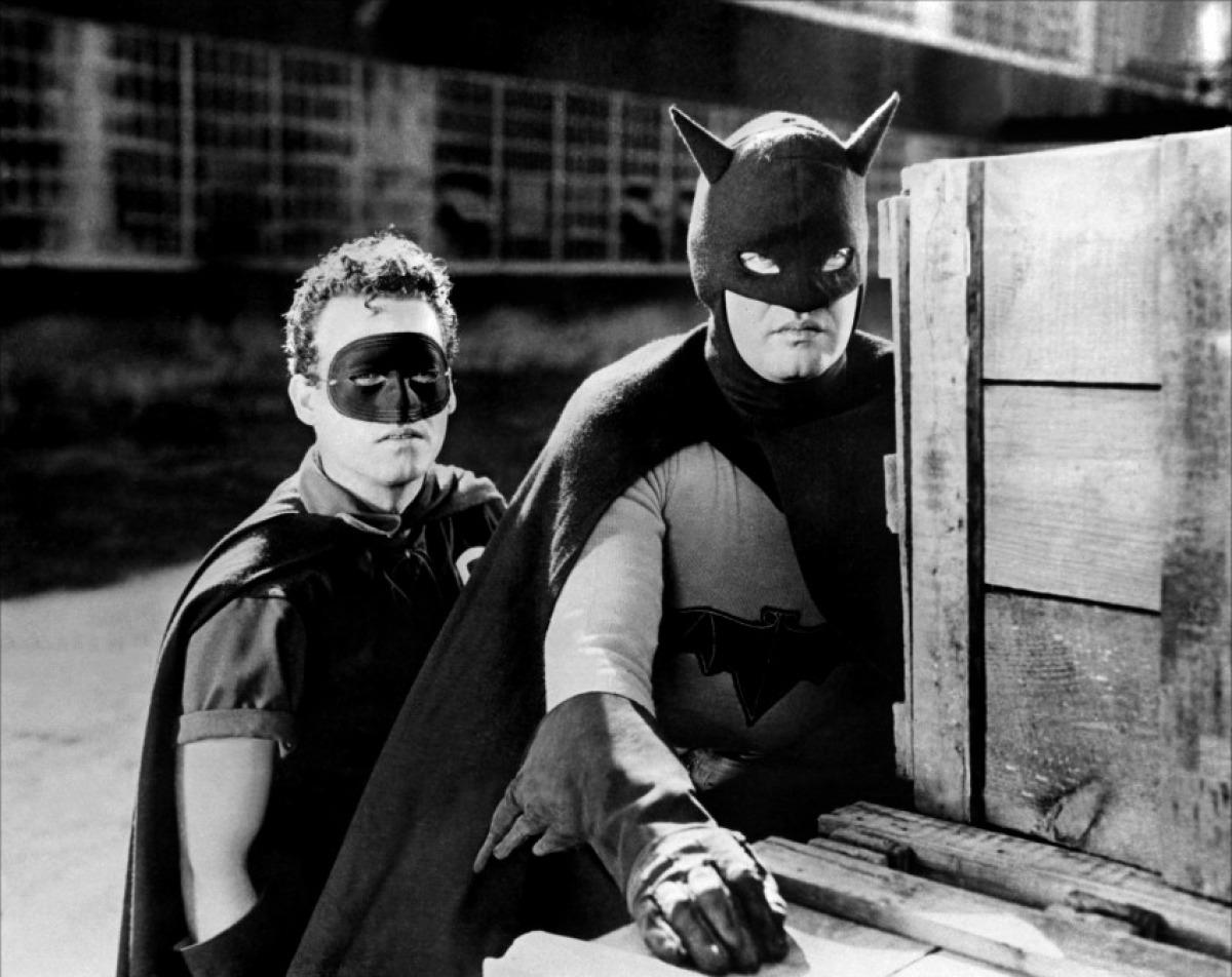 batman-and-robin-1949_20160824220839742.jpg