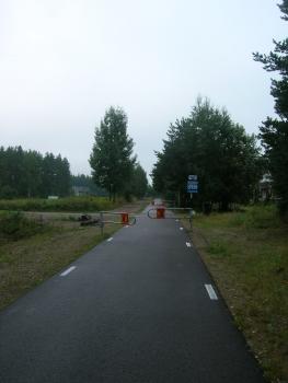 川沿いにつづくサイクリングロード