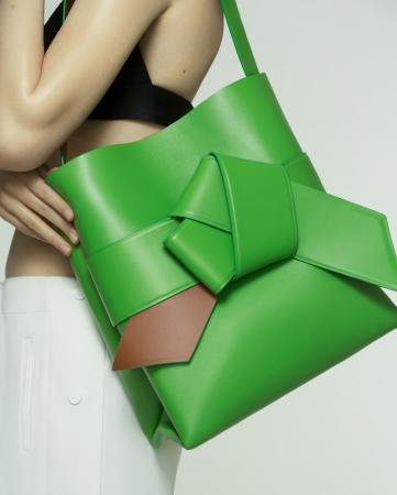 160901-bags.jpg