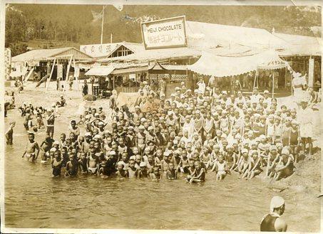 戦前の海水浴001