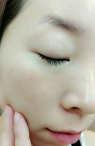 マモリ保護美容液 (1)