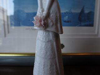 リヤドロ ブライダルベル 012