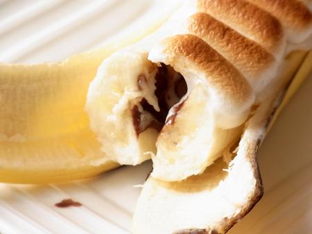 焼きバナナ with マシュマロ&チョコレート