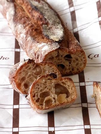 いちじくとクルミ パンと暮らしのサ・マーシュ/Ca Marche