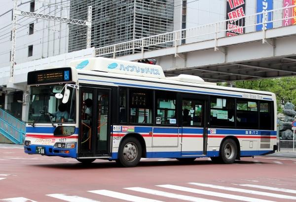 川崎200か・588 2H257