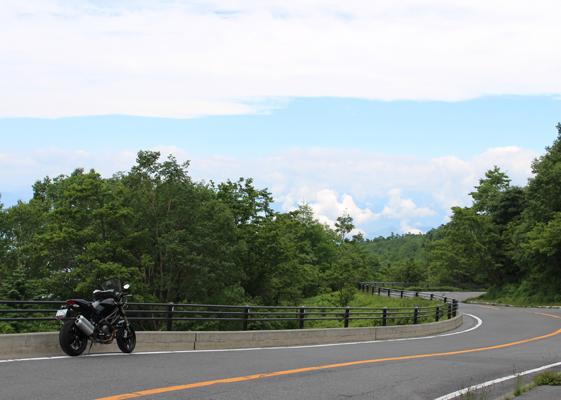富士山2.5合目あたりで青空が見えた