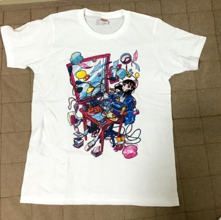 よにこもTシャツ