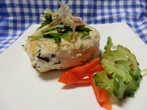 鶏ミンチとお豆腐のつくねバーグ