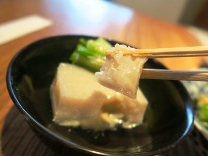 16-6-11豆腐たべ