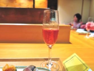 16-7-24 シャンパン赤