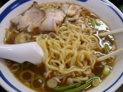 又来屋・H27・12 ラーメン 麺