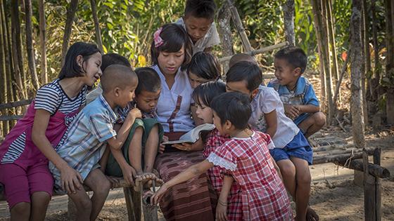 CAM_MyanmarTeacher-10-02-15.jpg