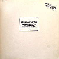 Supercharge-USpromoシール痕