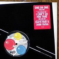 DarylHall-OneOn(WS)200.jpg