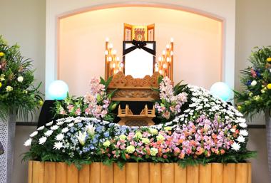 オレンジ色 スイートピー 花祭壇 豊川 花屋 花夢