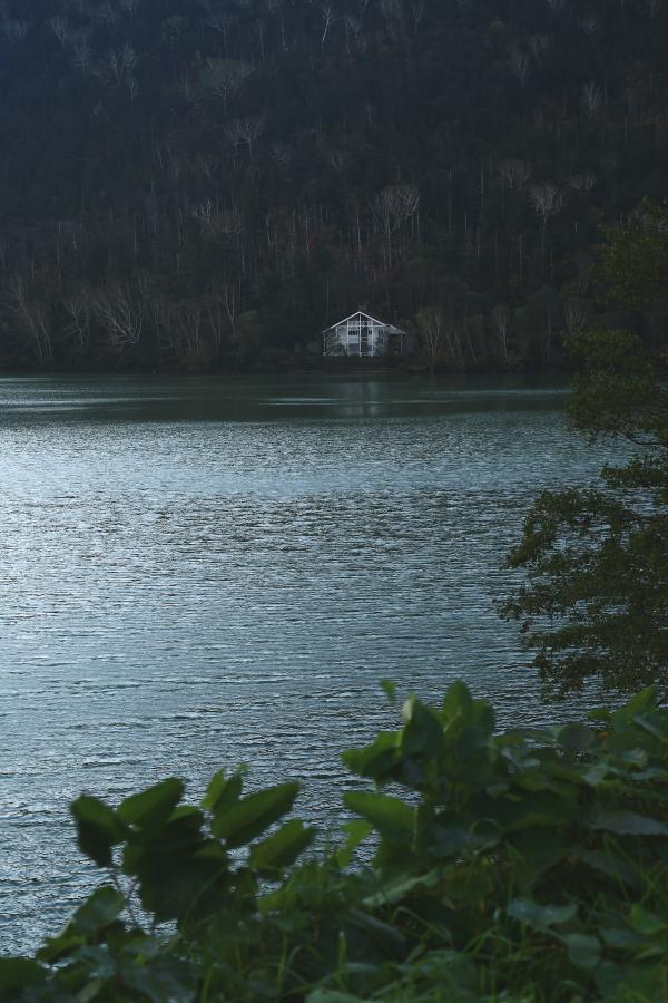 106 然別湖畔の夜明け0001