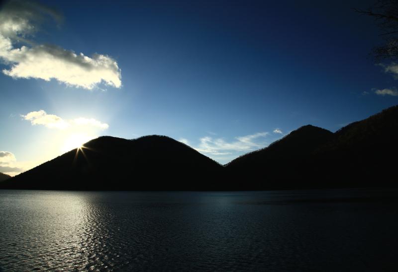 311 然別湖畔の朝0001