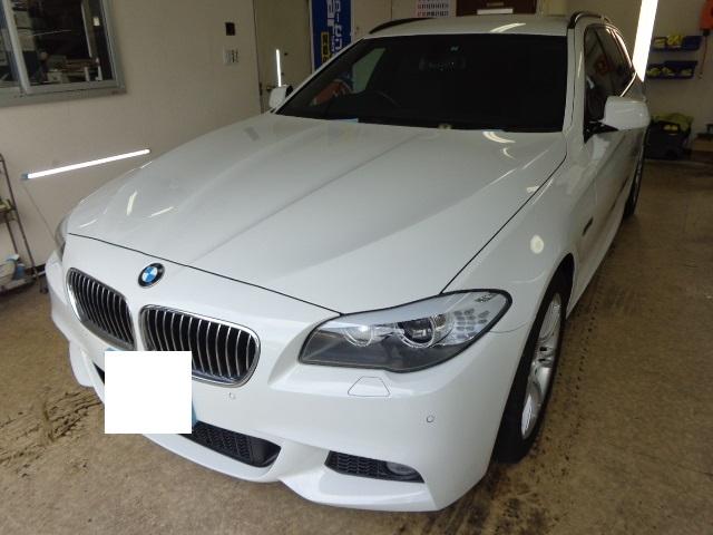 BMW525ツーリング 白