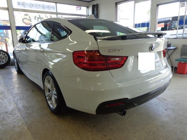 BMW320 GT白