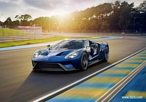 Ford_GT_corning_gorilla-glass_image1.jpg