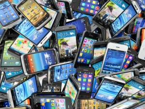 Smartphone_stock_image1.jpg