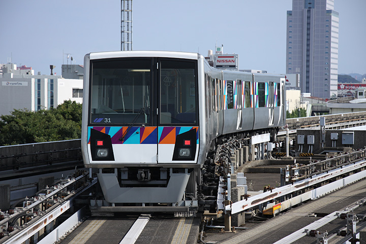 20160812_yokohama_seaside_line_2000-01.jpg