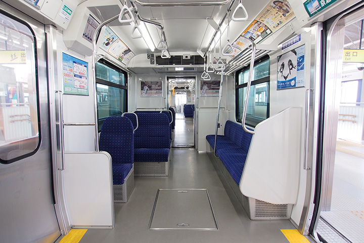 20160812_yokohama_seaside_line_2000-in01.jpg