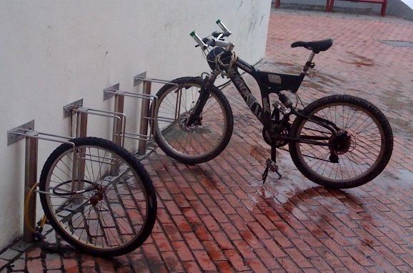 bikerobber.jpg