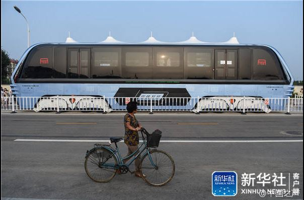 chinabus02.jpg