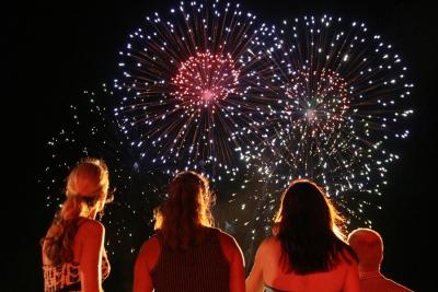 【神ワザ!】アメリカの花火師もレベルが高い!
