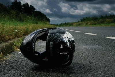 【衝撃!】目の前で衝撃的なバイク事故!本当にヤバい!(観覧注意)