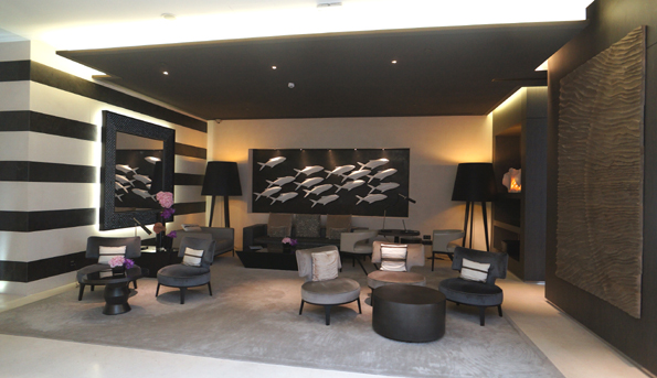 20160613 Marseille inter lobby 21cm DSC01001