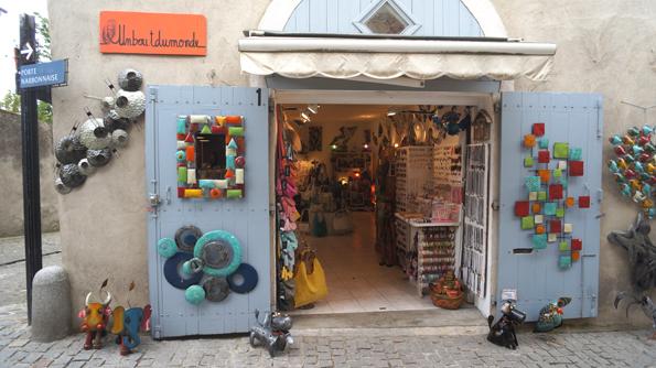 20160611 Carcassonne 土産屋 21㎝DSC00667