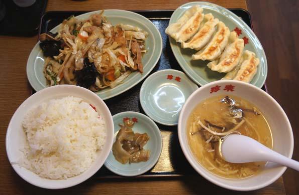 20160710 珍来 野菜炒め 餃子定食 21㎝DSC02258