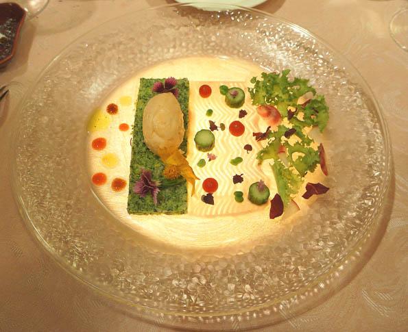 20160823 Le Christalline 1 サーモンのムース ブロッコリーのタルタル フランボワーズのマヨネーズソース 21㎝DSC04115