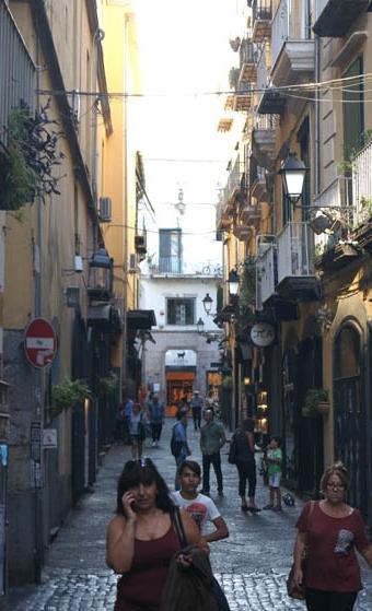 20160915 Salerno old street 12cm DSC05886