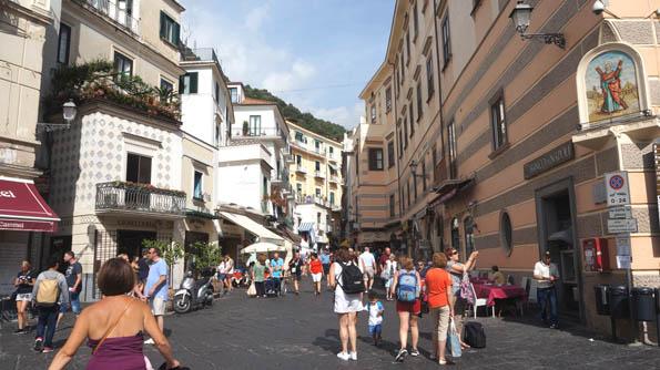20160915 Amalfy main street 21cm DSC05747