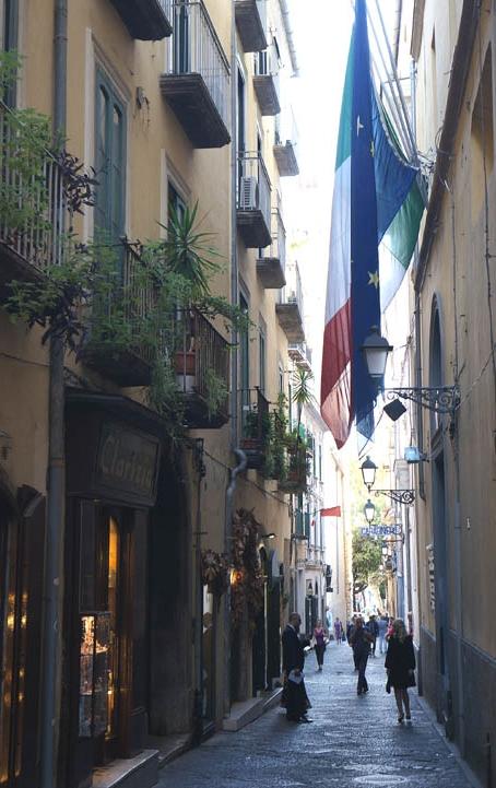 20160915 Salerno old street 16cm DSC05888